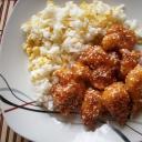 Kínai szezánmagos csirke tojásos rizzsel