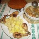zöldségleves,sobafött burgonya, sült hus, barackmá
