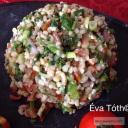 Arab saláta bulgurral és dióval